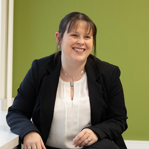 Jenny Rhind - Commercial Litigation Lawyer